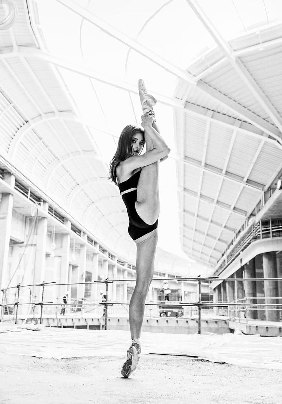Ballerina #01 fot. Szymon Brodziak
